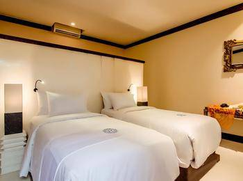 Rama Residence Petitenget Bali - Deluxe Premier Room With Breakfast Basic