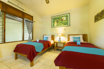 Airy Kuta Kartika Plaza Gang Puspa Ayu 12 Bali - Standard Twin Room with Breakfast Special Promo Aug 28
