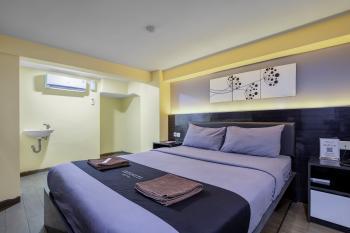 Infiniti Hotel Jakarta - Deluxe No Window Room Only Gajian