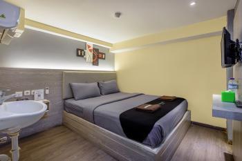 Infiniti Hotel Jakarta - Standard No Window Room Only Gajian