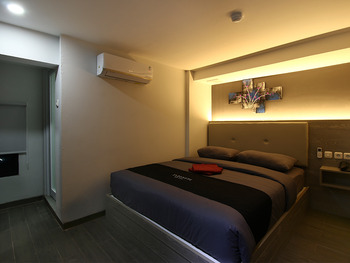 Infiniti Hotel Jakarta - Superior Window Room Only Weekday Promotion 35%