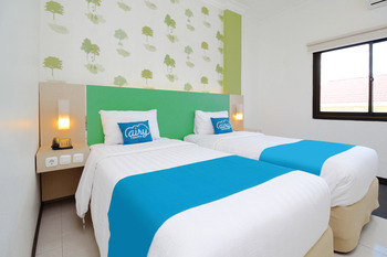 Airy Sungai Pinang Sentosa 1 Samarinda - Deluxe Twin with Breakfast Special Promo Apr 5