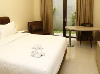 RedDoorz Plus @Gandaria City Jakarta - RedDoorz Room Regular Plan