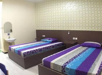 Oval Guest House Balikpapan - twin room  Regular Plan