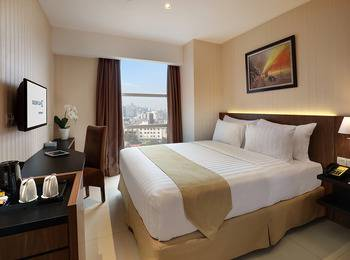 Marc Hotel Passer Baroe at Pasar Baru Mansion Jakarta - Deluxe Queen Room Only Minimum stay 3 nights