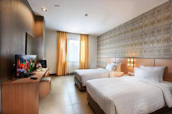 Grand Impression Hotel Medan - Deluxe Room Only Regular Plan