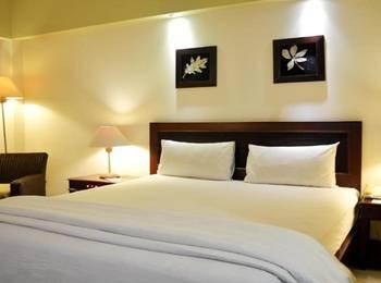 Oasis Atjeh Hotel Banda Aceh - Deluxe Queen Room Regular Plan