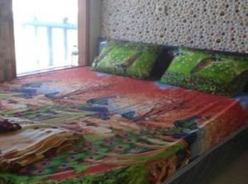 Balinda Home Stay Garut - Deluxe Room Regular Plan