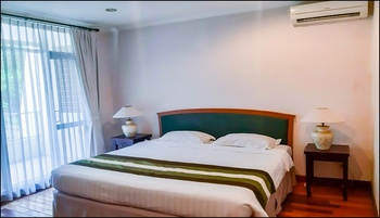 Graha Residen Surabaya - 2 Kamar Executive Suite - Non Breakfast Regular Plan