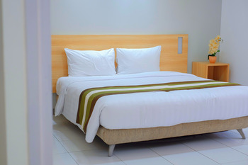 Whiz Residence Darmo Harapan Surabaya Surabaya - 2 Kamar Executive Suite - Non Breakfast Regular Plan