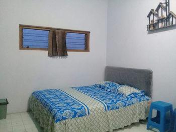 Homestay Firdaus 2 Probolinggo - 2 Bedroom Regular Plan