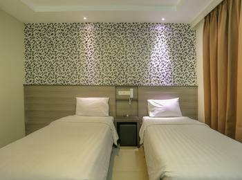 Everyday Smart Hotel Bali - Superior Room with Breakfast Last Minutes Discount 25%