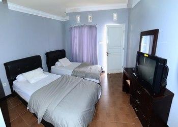 Hotel Hineni Tapanuli Utara - Deluxe Room Breakfast Regular Plan