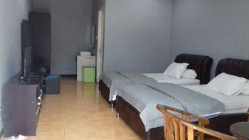 Hotel Hineni Tapanuli Utara - Suite Room Breakfast Regular Plan