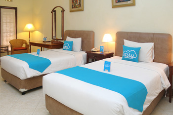 Airy Legian 83 Kuta Bali - Deluxe Twin Room Only Special Promo Aug 28.