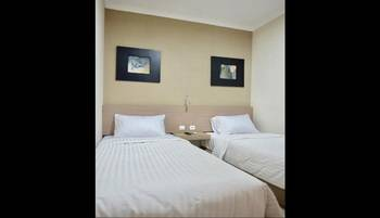 STYLE 50 Homestay Surabaya - Standard Twin Room Only Regular Plan