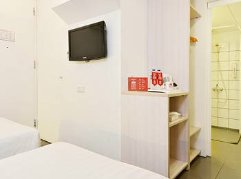 ZenRooms Halimun Palasari - Double Room (Room Only) Regular Plan