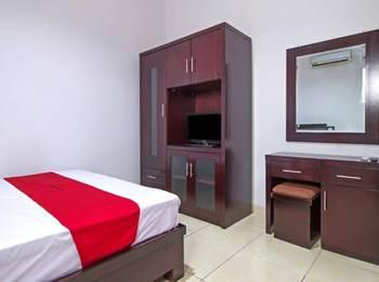 RedDoorz at Pangeran Antasari 2 Cipete Selatan - Reddoorz Room with Breakfast Regular Plan