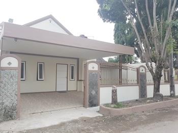 De Hanami Homestay Setrayasa Cirebon - Bougenville Regular Plan