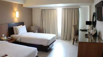 Santika  Pandegiling - Deluxe Executive Room Twin Staycation Offer Regular Plan