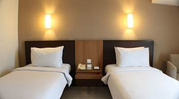 Santika  Pandegiling - Deluxe Room Twin Staycation Offer Regular Plan