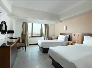 Santika  Pandegiling - Deluxe Room Twin Special Weekend Offer