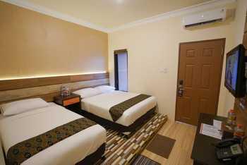 Patria Family Hotel Blitar - Family Room 3in1 Regular Plan
