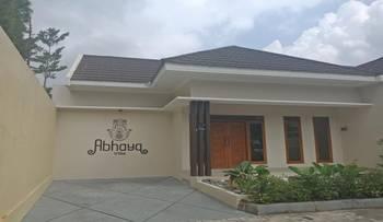 Abhaya Villa