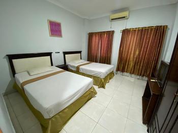 Hotel Magellona Makassar Makassar - Twin Room Best Deal