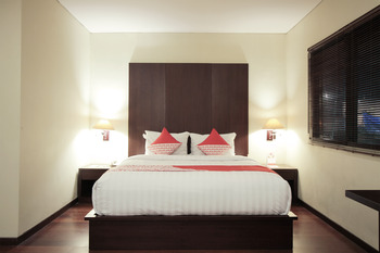 Capital O 253 Topas Galeria Hotel  Bandung - suite double Room Regular Plan