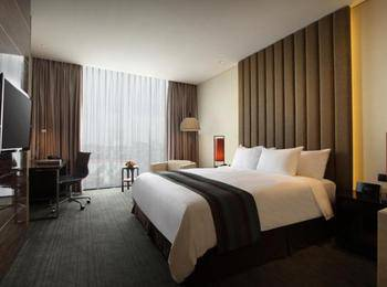 Po Hotel ( FKA Crowne Plaza Semarang ) Semarang - Club Room King Regular Plan