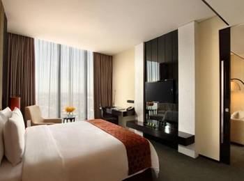 Po Hotel ( FKA Crowne Plaza Semarang ) Semarang - Executive Room Regular Plan