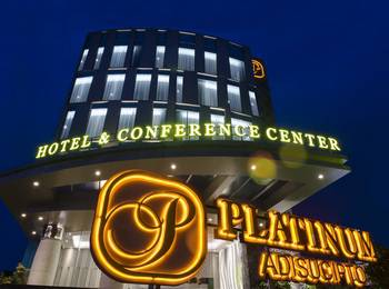 Platinum Adisucipto Hotel & Conference Center Yogyakarta Jogja - Business Twin Room Only Regular Plan