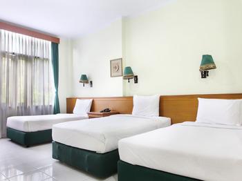 Griya Patria Guest House Jakarta - Suite Triple Regular Plan