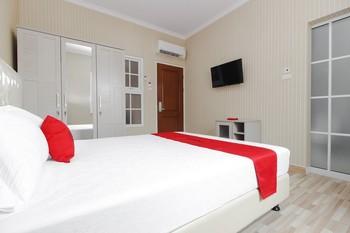 RedDoorz Plus @ Kwitang 2 Jakarta - RedDoorz Limited SALE Regular Plan
