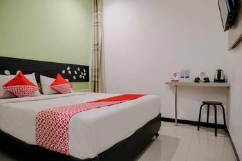 OYO 2007 Harmonie Family Residence Malang - Standard Double Room Regular Plan