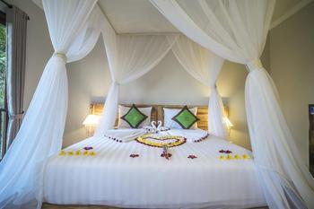 Ubud Tropical Garden Bali - Suite Room Regular Plan