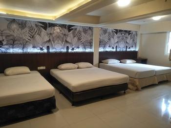 Hotel Grand Rosela Yogyakarta - Family Room Only Best Prices Best Deal