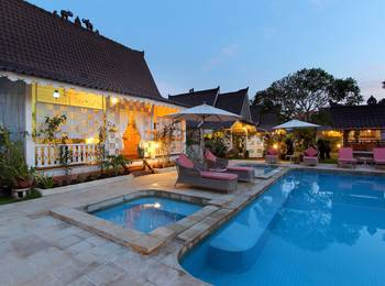Hotel Puri Tempo Doeloe Bali - Pool View Suite Last Minute Deal