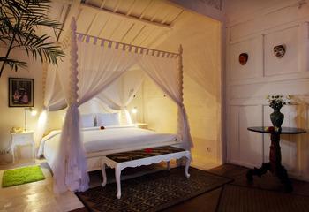 Hotel Puri Tempo Doeloe Bali - Pool View Suite Regular Plan