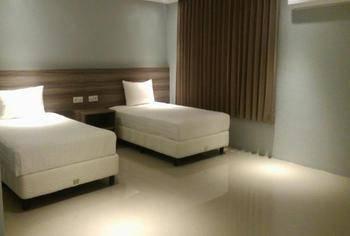 Makmur Hotel & Convention Center Berau - Standard Twin Regular Plan