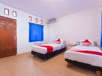 OYO 2544 Just-in Hotel Lombok - Standard Twin Room Regular Plan