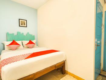 OYO 2544 Just-in Hotel Lombok - Standard Double Room Regular Plan