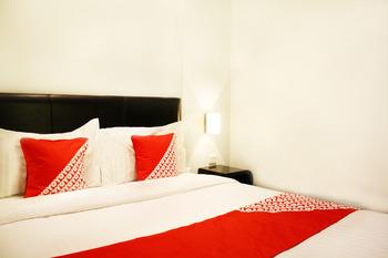 OYO 136 Manggis Inn Jakarta - Deluxe Double Room Regular Plan