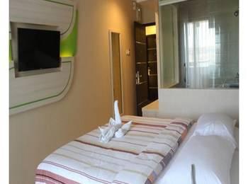 Dewarna Hotel  Bojonegoro - Deluxe Regular Plan