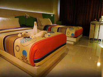 Dewarna Hotel  Bojonegoro - Superior Twin Regular Plan