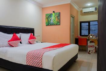 OYO 989 Audah Guesthouse Syariah Jakarta - Standard Twin Room Regular Plan