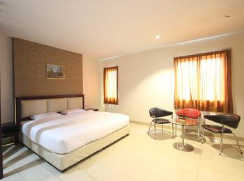 Lovina Inn Nagoya Batam - Suite Room Limited Time Offer