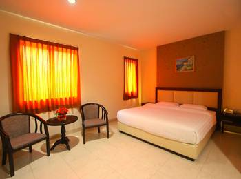 Lovina Inn Nagoya Batam - Deluxe Room Limited Time Offer