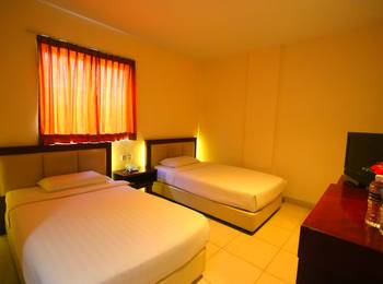 Lovina Inn Nagoya Batam - Twin Bed Room Limited Time Offer
